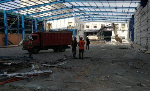 Atatürk Havalimanı'nda bir yanda yıkım bir yanda uçuş!