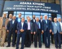 Erdoğan'ın danışmanı, 'FETÖ' sanığıyla buluşup okul ziyaret etti