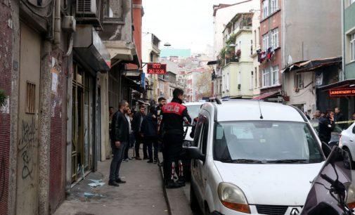 İnternet kafeye silahlı saldırı: Beş yaralı