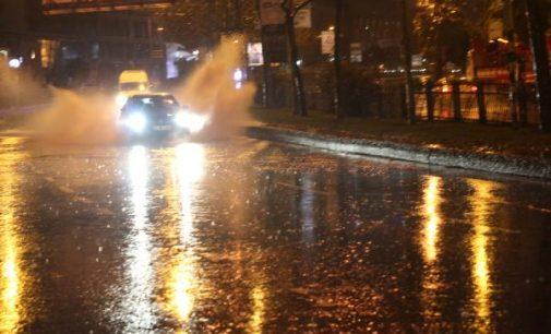 Dikkat: Valilik uyardı, fırtına ve kuvvetli yağış bekleniyor