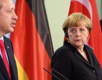 """""""Merkel, Afgan sığınmacılar konusunda Türkiye'yle yakın çalışmak istiyor"""""""