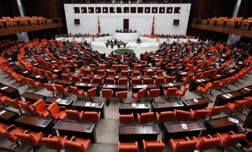 AKP'den çocukla evlenene af düzenlemesi: Yaş farkı 15'e yükseltildi!