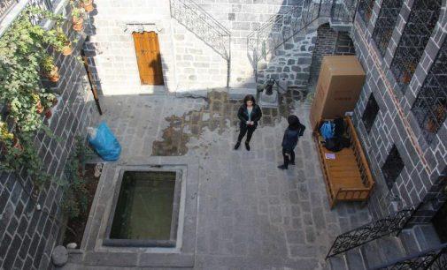 Kayyum icraatı: Erkek müdür atanan kadın merkezi kahvehane yapıldı!