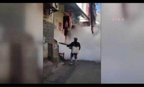 Çin'de Vuhan sokakları gaz altında: Koronavirüse karşı ilaçlama