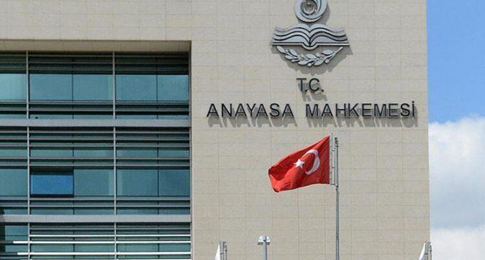 Anayasa Mahkemesi'nden KHK kararı: Mesleğe dönenlerin yönetici olmasını engelleyen hüküm iptal edildi