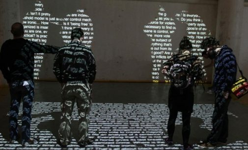 İzmir Fransız Kültür Merkezi'nde Albert Camus enstalasyonu sergisi