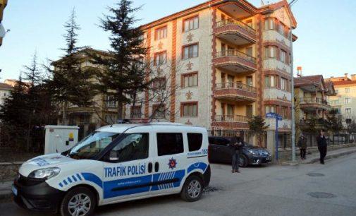 Kadın cinayeti: Eşini boğarak katletti, tutuklandı