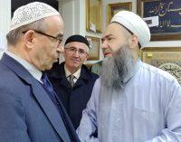 Yandaş gazetenin ilahiyatçı yazarı, 'iyi insan' olmanın şartını yazdı: Sünni olmak!
