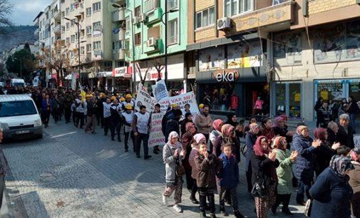 Soma'da eylem yapan madencilerden Meclis'e çağrı: Verilen sözleri tutun