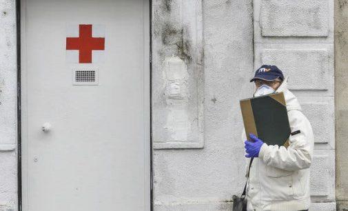 İtalya'da doktor sayısı yetersiz kaldı, desteğe çağrıldılar: 10 bin tıp öğrencisi sahaya iniyor