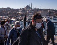 Memur ve emekli maaşı zammına tepki: Maske parasına yetmez!