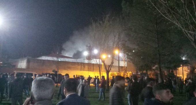 Batman Cezaevi'nde isyan: İnfaz düzenlemesi dışında bırakılanlar koğuşları ateşe verdi