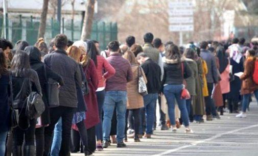 İŞKUR rakamlarına göre Mart ayında kayıtlı işsizler ordusuna 224 bin kişi daha eklendi