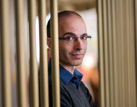 Ünlü tarihçi, yazar, akademisyen Harari: Savaşların silahı veri olacak, veri gücü daha önce hiç var olmayan bir güç…