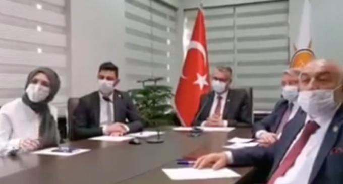 Kadın kolları başkanından Erdoğan'a: Allah çocuklarımın ömründen alsın size versin