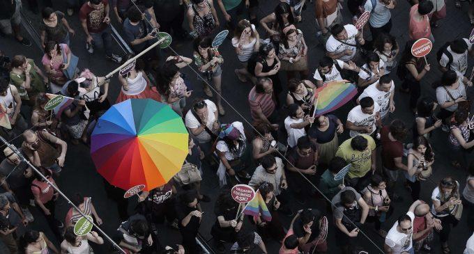 Yüzlerce avukattan ortak bildiri: LGBTİQ+ hakları insan haklarıdır