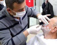 'Berber ve kuaför' genelgesi: Jilet ve ustura ile sakal tıraşı yapılmayacak