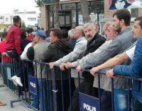 CHP'li Demirtaş: Kayıt dışı çalışırken işsiz kalan 9 milyon kişiye ekmek parası bile yok