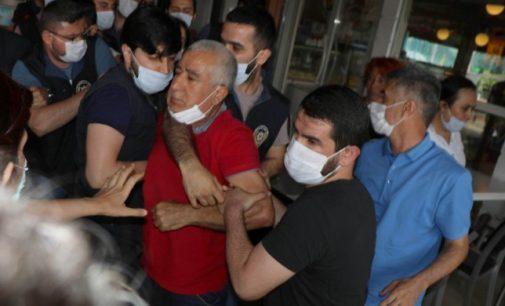 Demokrasi yürüyüşünün Edirne kolu için toplananlara polis müdahalesi