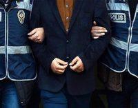 Eski emniyet müdürlerinin de bulunduğu 74 kişi için yakalama kararı