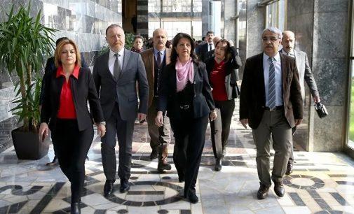"""""""Pervin Buldan ve Mithat Sancar'ın diğer parti genel başkanlarıyla yaptığı görüşmeler dinlenmiş"""""""