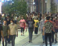 İstiklal Caddesi, Maçka Parkı, Bebek Sahili: Fiziksel mesafesiz, maskesiz, önlemsiz…