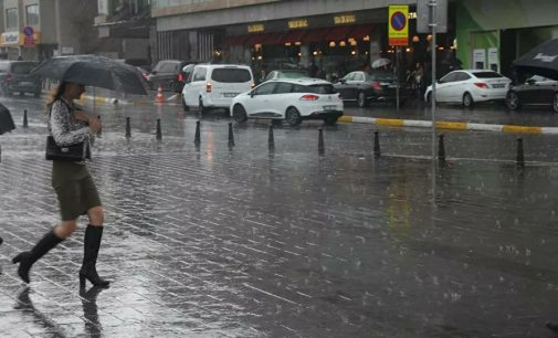 Meteorolojiden yine yağış uyarısı: Gök gürültülü sağanak bekleniyor