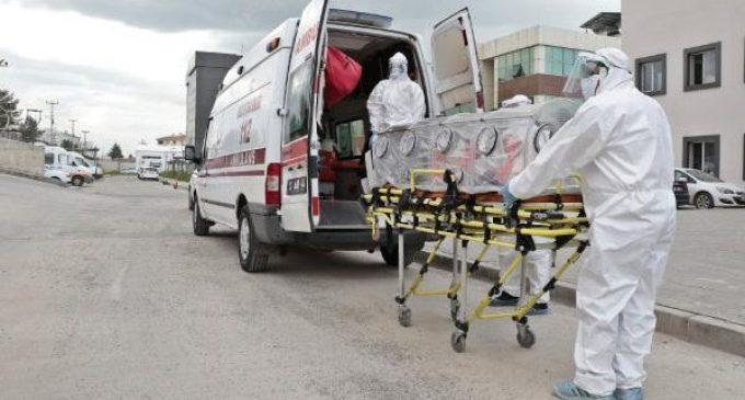 Diyarbakır Tabip Odası'ndan kritik açıklama: Hastanelerde biri ölünce ya da iyileşince yer bulunuyor