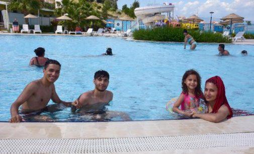 Riskli olmasına rağmen tedbirler alındı havuzlar doldu