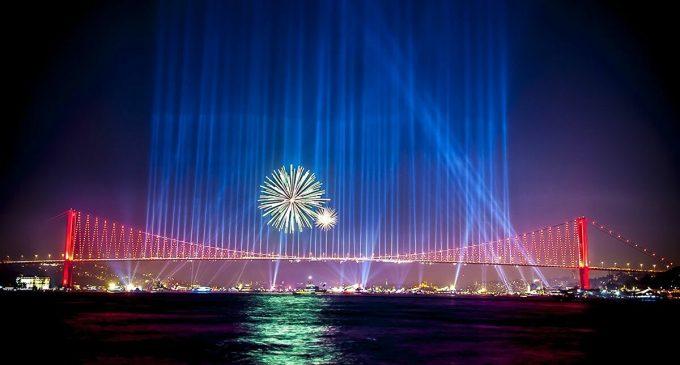 İmamoğlu: Bundan sonra havai fişek görünce aklımıza Sakarya gelecek, artık İstanbul'da kullanmayacağız