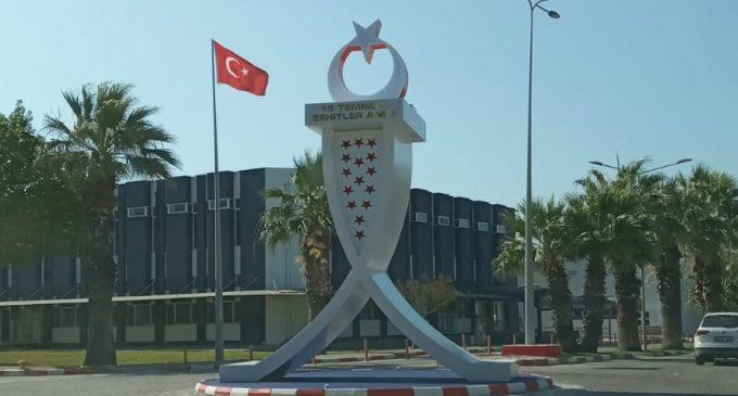 """AKP'li Rektör'ün """"bilimsel"""" projeleri: Geçen yıl 8 bin kişilik cami, şimdi de """"15 Temmuz"""" anıtı"""