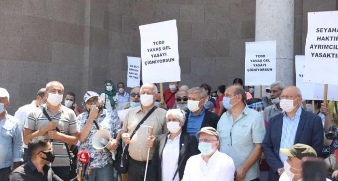 Engellilerden YHT'lerde şehirler arası yolculuk kısıtlaması getiren TCDD'ye protesto