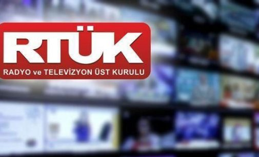 """RTÜK'ten yedi kanala """"gündüz kuşağı"""" uyarısı"""