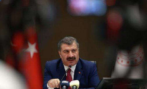 Sağlık Bakanı Fahrettin Koca: Salgın ciddiyetini koruyor