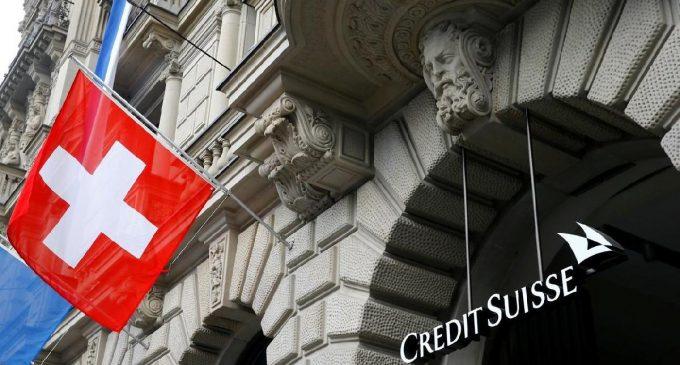 İsviçre'nin iki dev bankası birleşme planlıyor: 15 bin kişi işini kaybedebilir