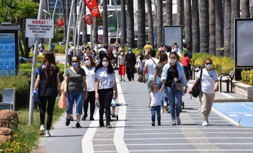 İzmir'de birinci doz aşılamada yüzde 88'e ulaşıldı
