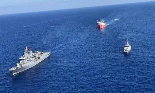 MSB: Doğu Akdeniz ve Karadeniz'de gemilere koruma görevlerine devam