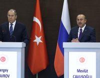 """Çavuşoğlu ile Lavrov """"Dağlık Karabağ"""" krizini görüştü: Çatışmalardan ciddi kaygı duyuyoruz"""