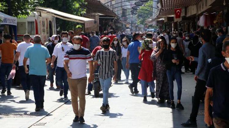 Gaziantep'te bazı caddelerde sigara içmek yasaklandı   A3 Haber