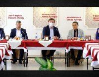 Valinin toplantısına bakanlık il müdürleri yerine AKP'liler katıldı