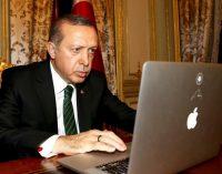 Erdoğan: Sanatçı muhalefetini sosyal medyada siyasi polemiklerle değil sanatıyla gösterecektir
