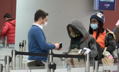 """Yurtdışından uçakla gelişlerde zorunlu """"Negatif PCR test ibrazı"""" uygulaması başladı"""