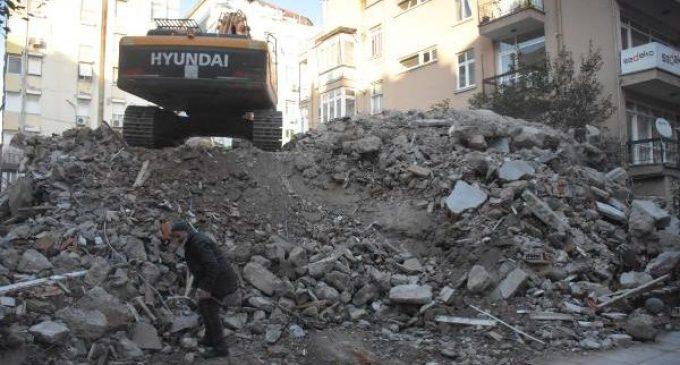 ABD'li rahip Brunson'ın oturduğu ev yıkıldı