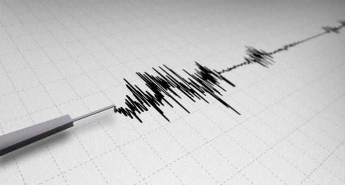 Karaburun'da beş saat içerisinde peş peşe dört deprem meydana geldi