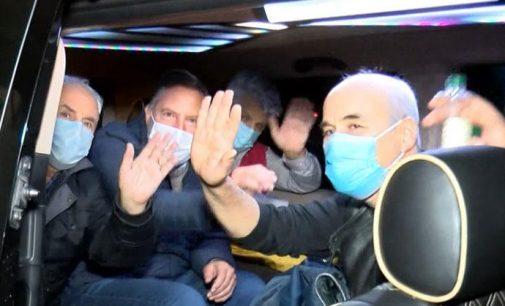 14 emekli amiral yaşadıkları il dışına çıkmama koşuluyla serbest bırakıldı
