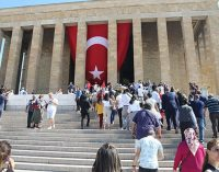 Gazetecilere Anıtkabir yasağı: Törenlere sadece AA, iHA ve DHA alındı