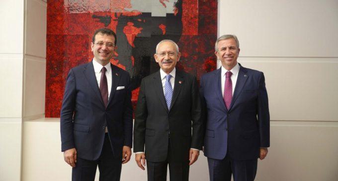 Selvi: 'Kılıçdaroğlu, İmamoğlu ve Yavaş'ın bir dönem daha başkanlık yapmasını doğru buluyor' deniyor