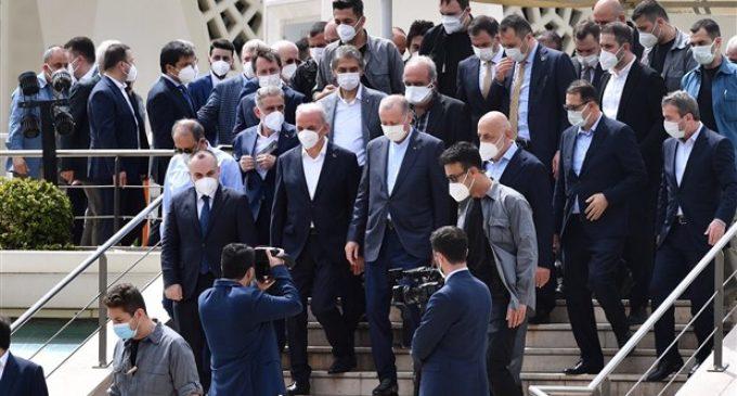 Erdoğan'ın 'lebaleb' katıldığı cenaze töreni hakkında suç duyurusu