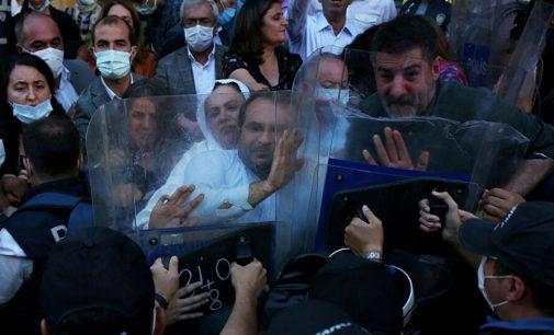 Diyarbakır'da HDP'nin açıklamasına polis müdahale etti