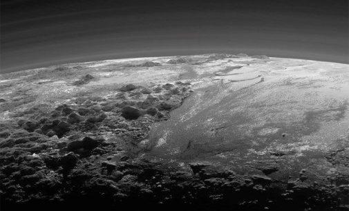 """NASA, Dünya'ya benzeyen """"garip bir gezegen"""" keşfetti"""